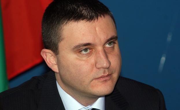 Горанов: Всички учители ще получат по 15% увеличение на заплатите тазиесен