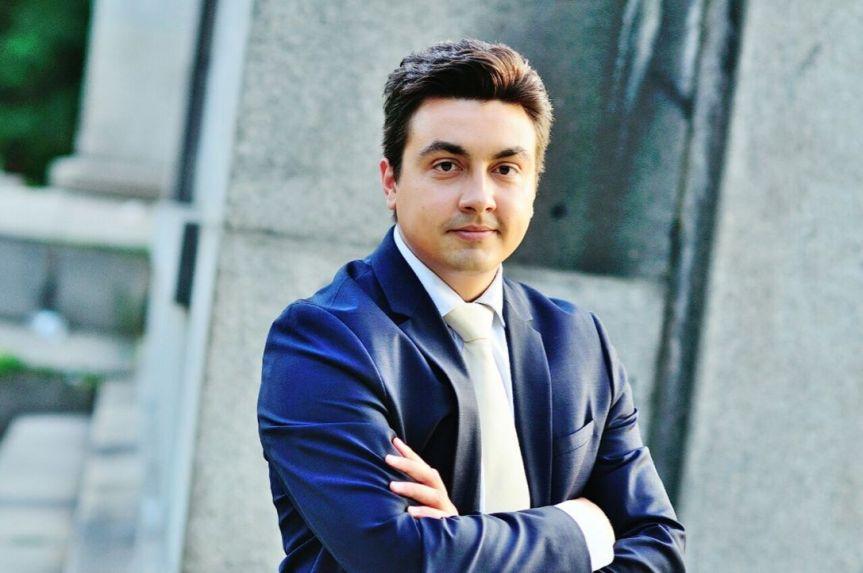Момчил Неков: Достъпът до Младежката гаранция еселективен