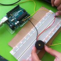В Рударци стартира Курс по Програмиране и роботика за ученици